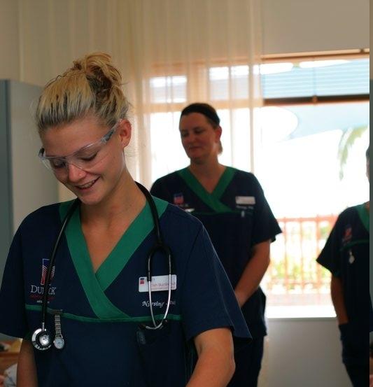 传统护士所扮演的角色正在发生变化,他们不止照护病患,更能担任临床专业护士,尤其是肠胃科和造口护理