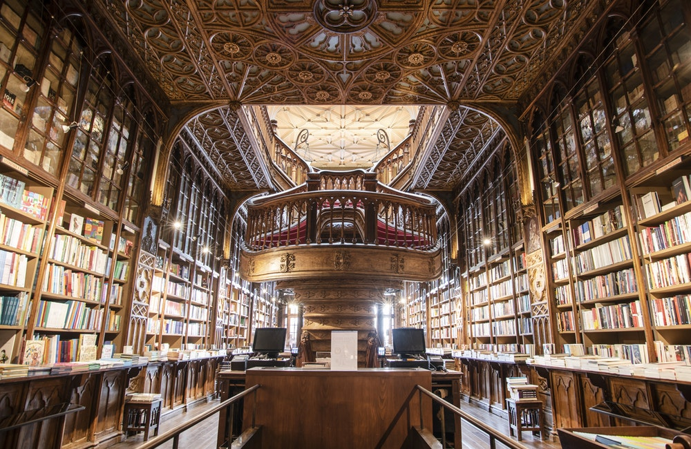 图书馆员平常的一天