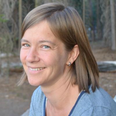 访问 ScienceOpen CEO Stephanie Dawson