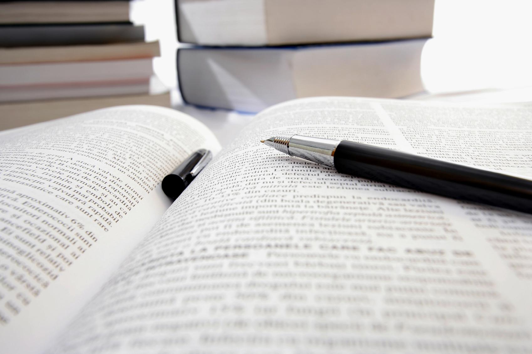 科研写作:namely 与其他表达式,如 such as 和 including 的用法