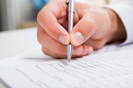 写信时所用的称号:Dear Mr. 或 Dear Ms.?