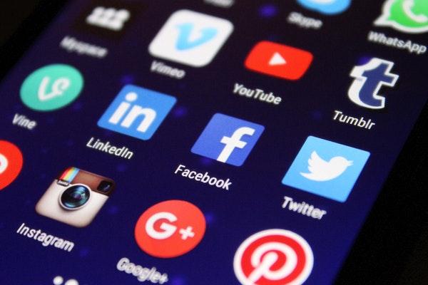 学术期刊、出版商和学会都该立刻加入社交媒体平台