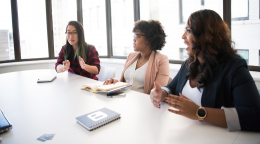 怎样才能使女性去轻松地实现自己的学术目标?学术界 5 位名声显赫的女性分享了她们的见解